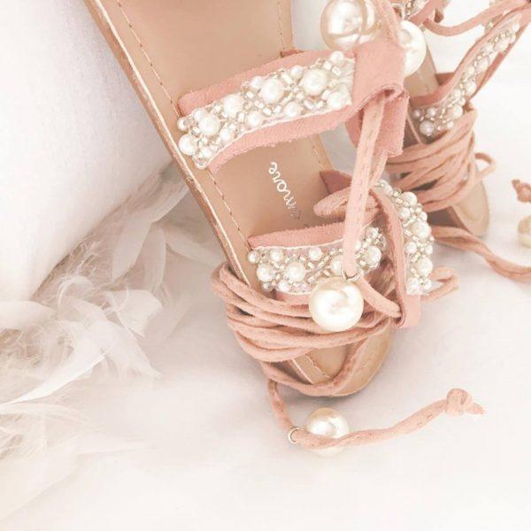 SANDALIA perlas