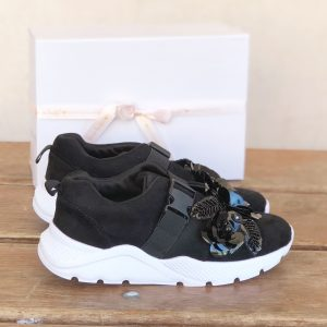 SNEAKERS black JOYA